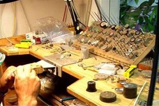 دوره آموزش طراحی جواهر(دستی- رایانه ای):
