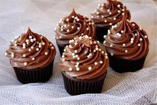 آموزش شیرینی پزی و کیک پزی