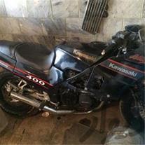 فروش موتورسنگین gpz 400