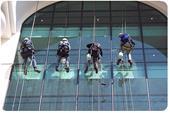 شستشوی نمای ساختمان ، رنگ آمیزی و نقاشی شرکت بهمن