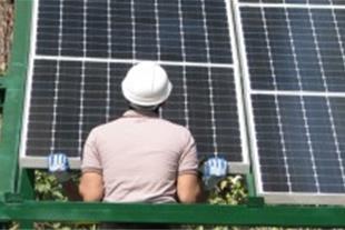 انرژی خورشیدی(اینورتر-شارژ کنترلر-پنل-باتری-نصب)