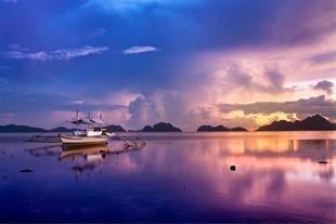 تور مانیل و جزیره بوراکای آذر ماه 95