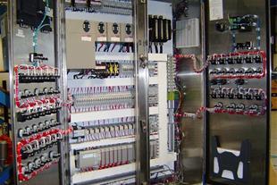 تعمیرات برق صنعتی- رفع عیب سیستم plc