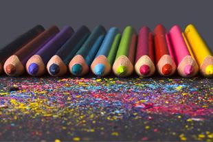 بسته بندی مداد رنگی روزنامه ای در منزل طرح ویژه