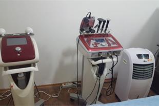 کلینیک تخصصی پوست و زیبایی- لاغری دکتر رزاقی