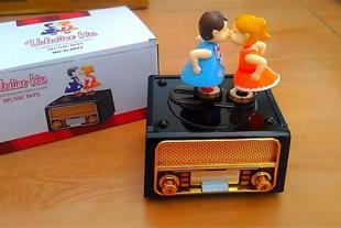 جعبه جواهرات موزیکال طرح رادیو