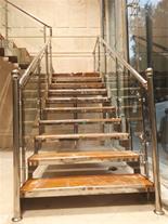 طراحی ، ساخت و نصب پله های دکوراتیو