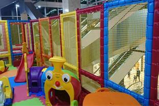 فروش وسایل مراکز بازی و خانه های بازی