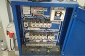 تعمیرات و بروزرسانی برق دستگاه فنس بافی